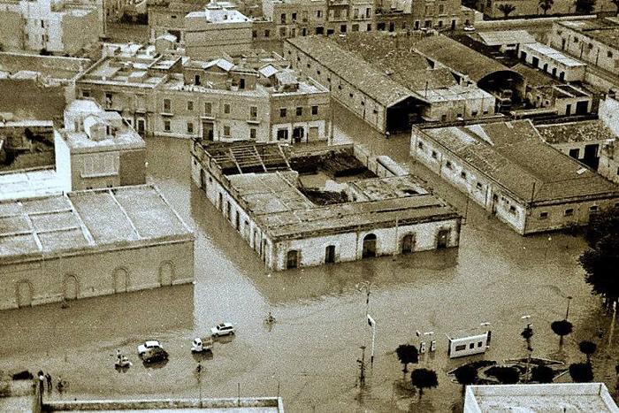 05/11/1976 - Trapani - 18 MORTI